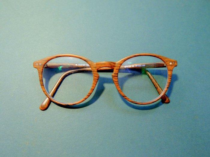 Ini Cara Memilih Frame Kacamata yang Tepat Sesuai dengan Bentuk Wajah