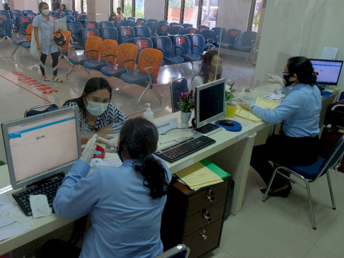 Berikut Penerapan Protokol Kesehatan Saat Bikin Paspor di Kantor Imigrasi