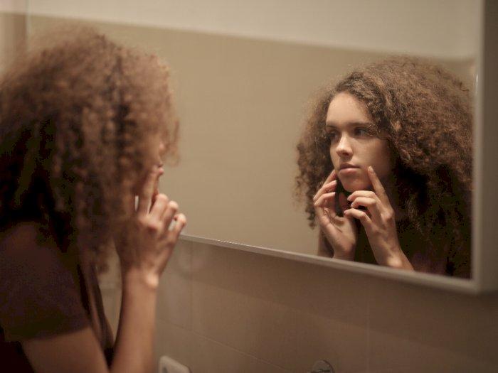 3 Kebiasaan Buruk Ini Bisa Sebabkan Munculnya  Jerawat