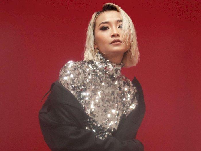 Gegara Menyusui Anak, Rinni Wulandari Terinspirasi Ciptakan Single 'Feel Good'