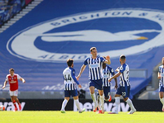 Brighton & Hove Albion Tekuk Arsenal 2-1