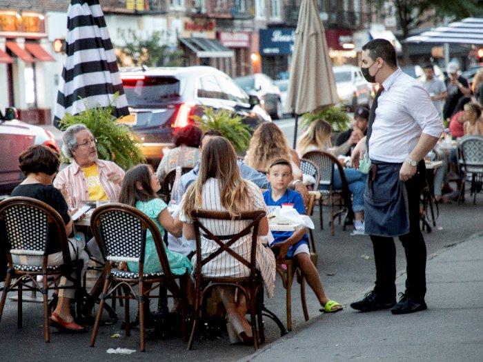 New York Izinkan Restoran Kembali Buka, Taman Hiburan Segera Nyusul