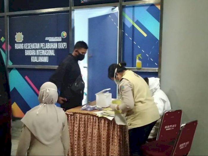 Ratusan WNI yang Dideportasi dari Malaysia Tiba di Bandara Kualanamu