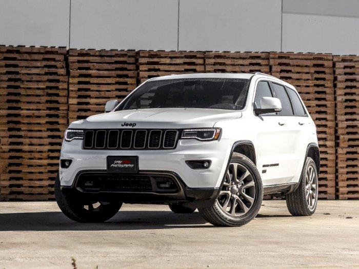 Masalah Transmisi, Jeep Tarik 95 Ribu Mobil
