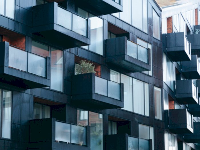 Pasca Pengeroyokan, Polisi Duga Banyak WNA Ilegal di Apartemen Green Park Jakbar