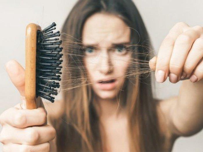 Akhirnya Terjawab, Ini Alasan Stres Bikin Rambut Rontok Berlebih