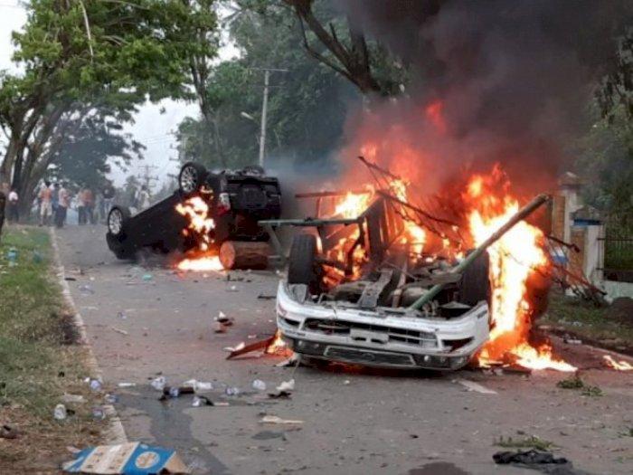 Kerusuhan Terjadi Saat Pembagian BLT di Mandailing Natal, Mobil Wakapolres Dibakar