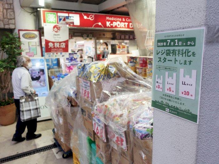 FOTO: Jepang Mulai Terapkan Kantong Plastik Berbayar