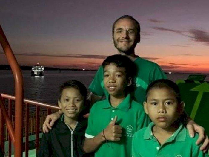 Demi Mengurus Anak Jalanan di Lombok, WN Belanda Ini Rela Menjual Perusahaannya