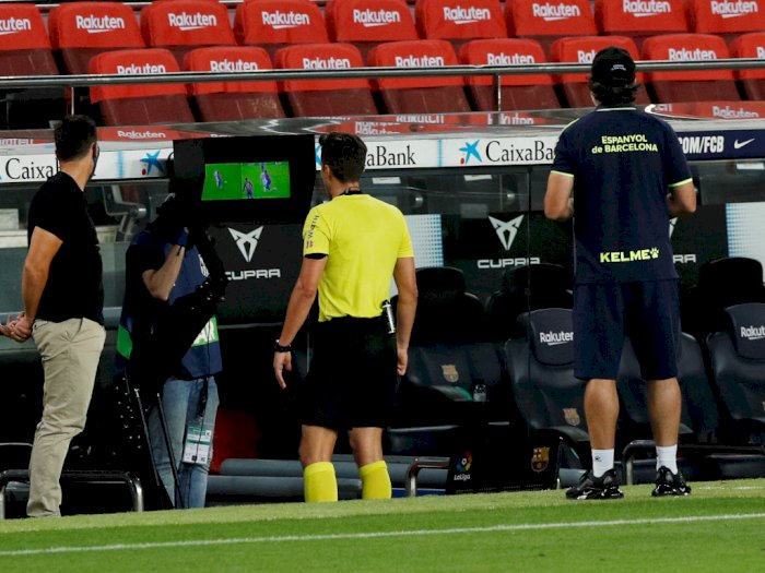 FIFA Bakal Seragamkan Penerapan VAR di Seluruh Dunia