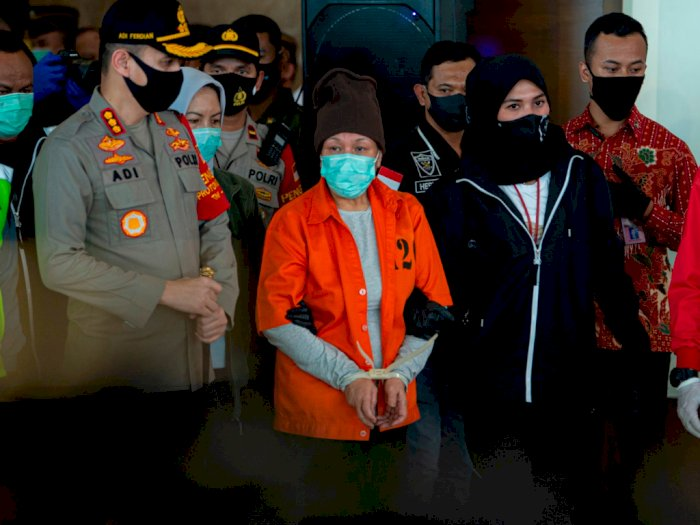 Foto: Maria Pauline Tiba di Indonesia, Kedua Tangannya Diikat