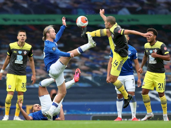 FOTO: Everton dan Southampton Berbagi Poin di Goodison Park