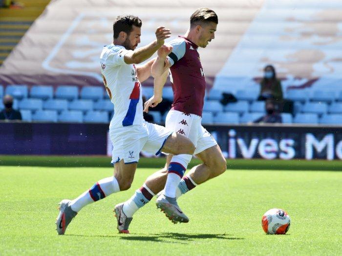 FOTO: Aston Villa Tekuk Crystal Palace 2-0