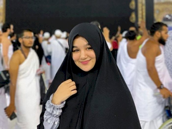 Diduga Terlibat Prostitusi, Intip Cantiknya Artis FTV Hana Hanifah Kenakan Hijab