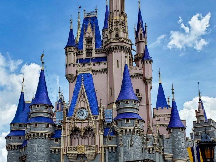 Wajah Baru Nan Segar Kastil Cinderella di Disney World