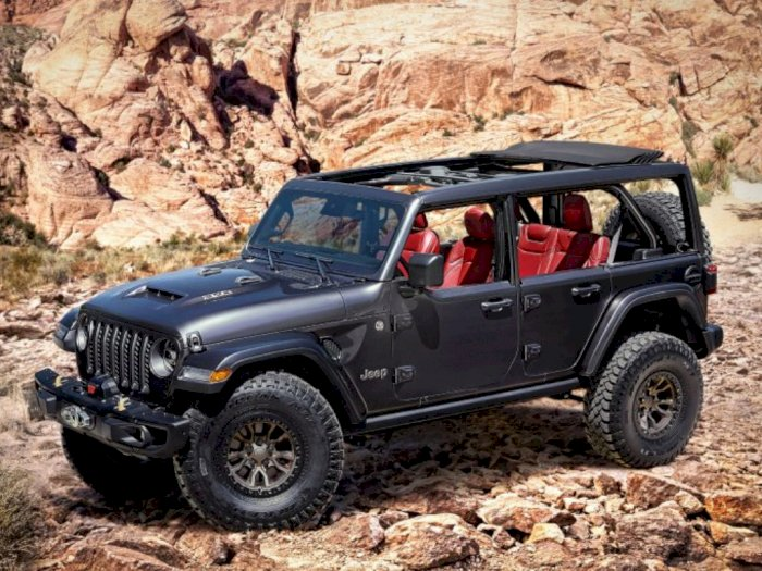 Jeep Wrangler V8 Siap Tantang Ford Bronco