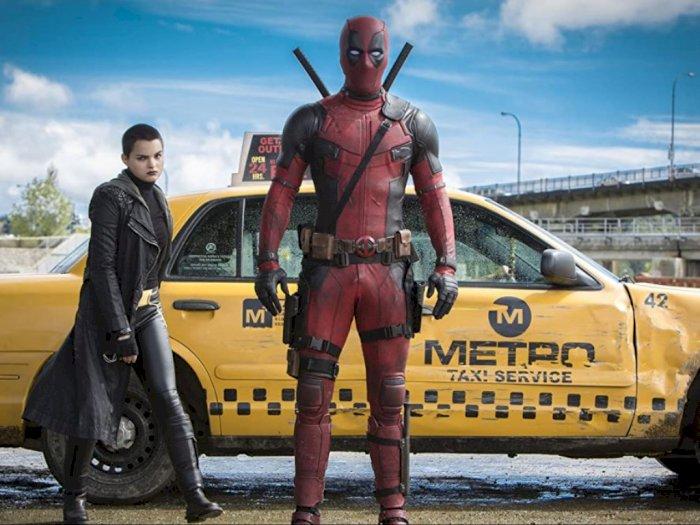"""Sinopsis """"Deadpool (2016)"""" - Aksi Superhero yang Kocak dan Brutal"""