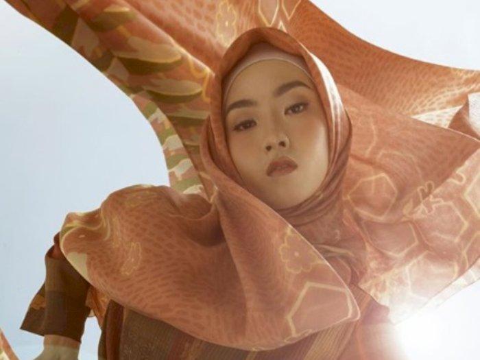 Rilis Koleksi Hijab Brand Fashion Lokal KAMI Sisipkan Motif Lebah