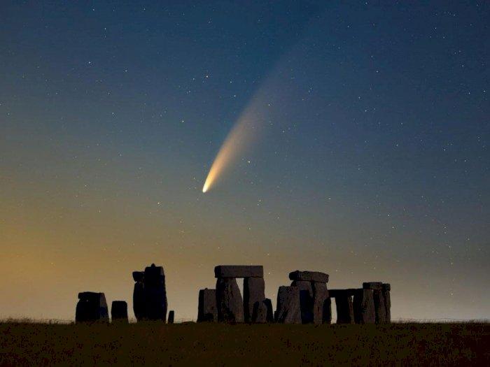 Cuma Bisa Disaksikan Sekali Seumur Hidup, Penampakan Komet Neowise Ini Bikin Takjub