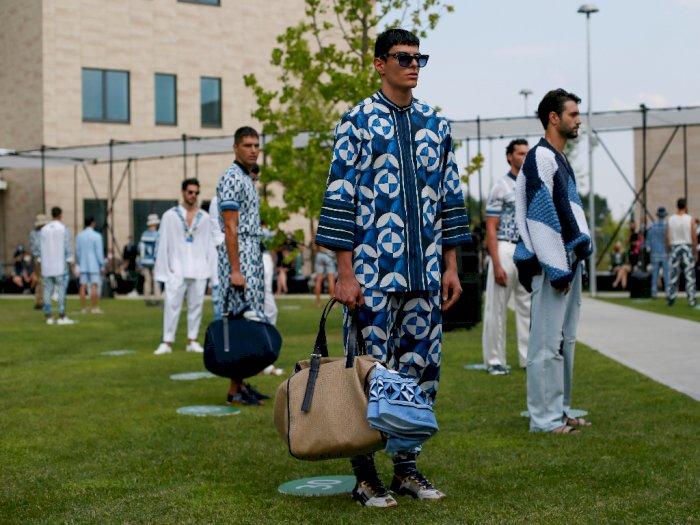 FOTO: Dolce & Gabbana Gelar Physical Catwalk di Era New Normal