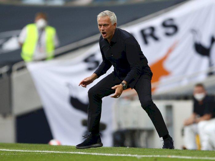 Mourinho: MU Beruntung Tapi Layak Finis Empat Besar
