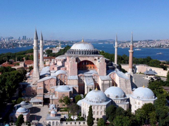Hagia Sophia Kembali Jadi Masjid, Rusia: Dulu Tiket Mahal Kini Gratis