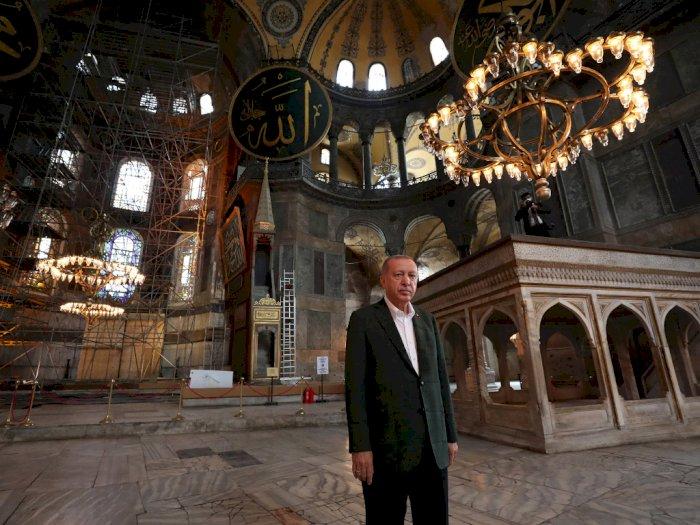 FOTO: Resmi Jadi Masjid, Presiden Erdogan Kunjungi Hagia Sophia