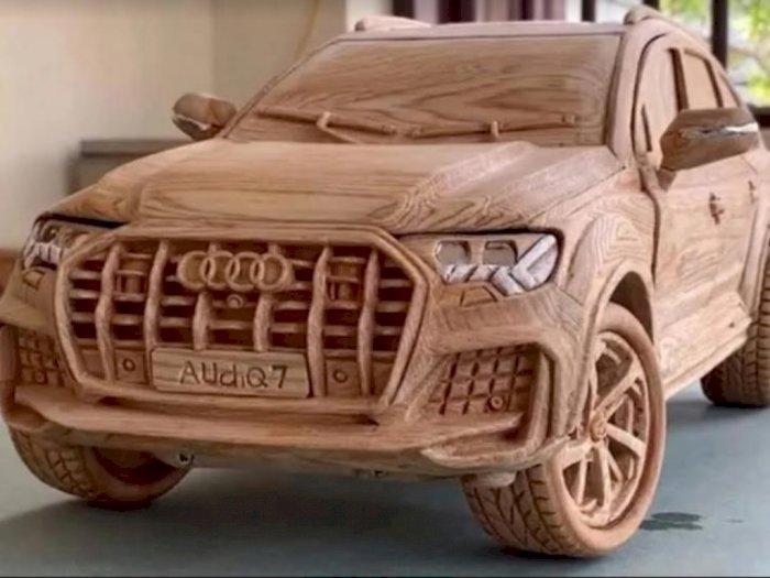 Begini Jadinya Jika Miniatur Audi Q7 Dipahat dari Kayu