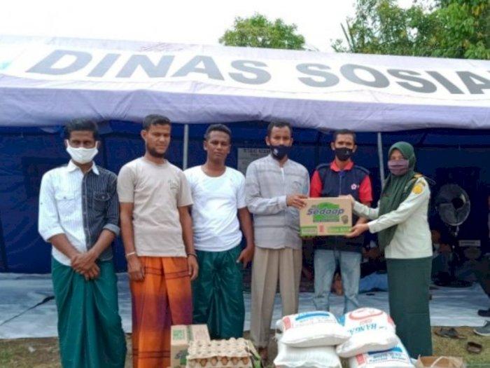 Mahasiswa Polbangtan Beri Bantuan Sembako untuk Pengungsi Rohingya di Aceh