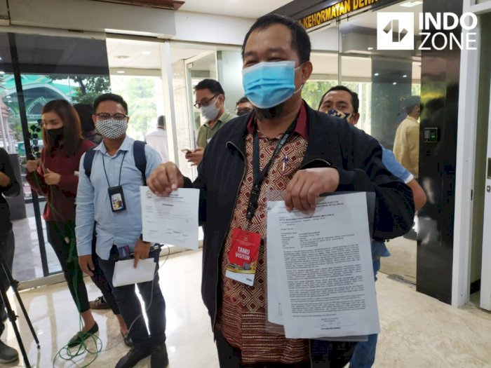 Tolak Rapat Soal Djoko Tjandra, MAKI Laporkan Azis Syamsuddin ke MKD