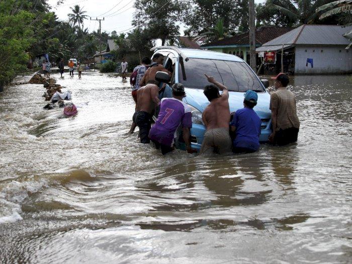 FOTO: Banjir Rendam 18 Kecamatan di Konawe, Sulawesi Tenggara