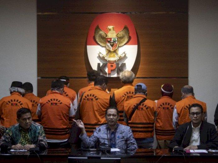 KPK Tahan 11 Mantan Anggota DPRD Sumut Sebagai Tersangka Kasus Suap