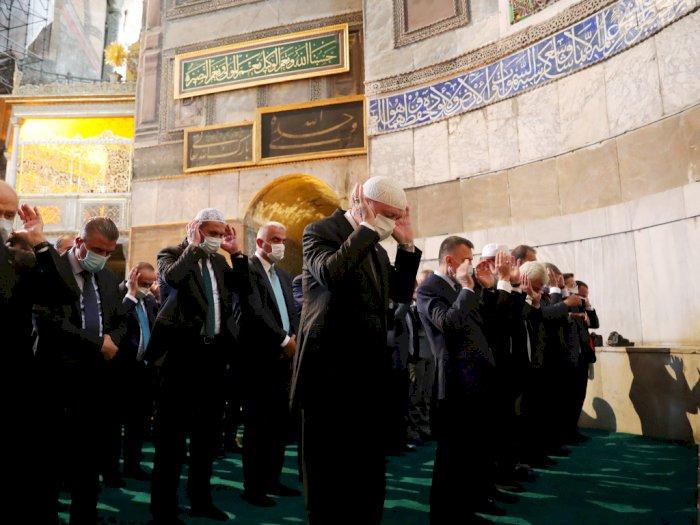 FOTO: Presiden Erdogan Hadiri Salat Jumat Pertama di Hagia Sophia
