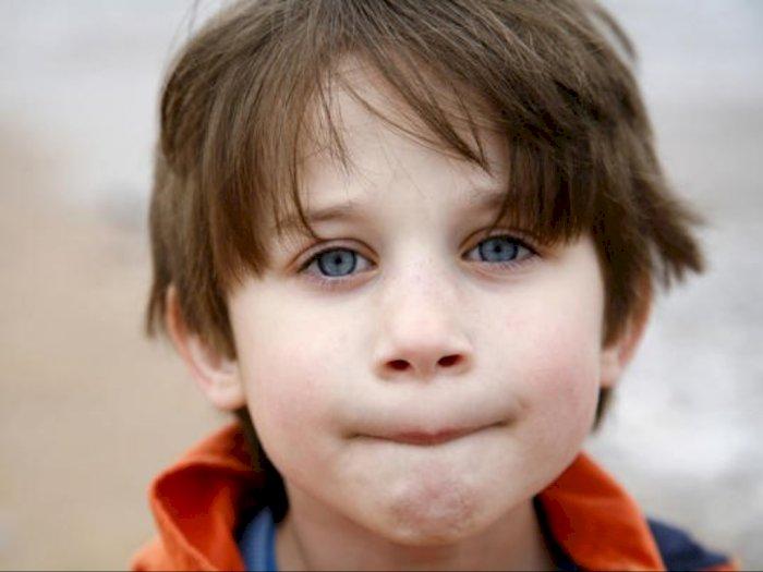 Moms Jangan Panik, Begini Cara Alami Mengatasi Bibir Kering Pada Anak