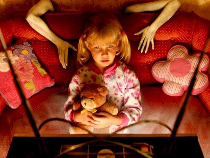 Serem! Cerita Hantu dan Nonton Horror Mengundang Kehadiran Makhluk Halus