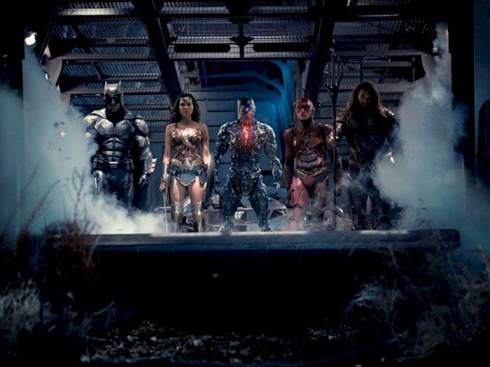 """""""Justice League: Snyder Cut"""" Tak Akan Tampilkan Gambar yang Diambil Joss Whedon"""
