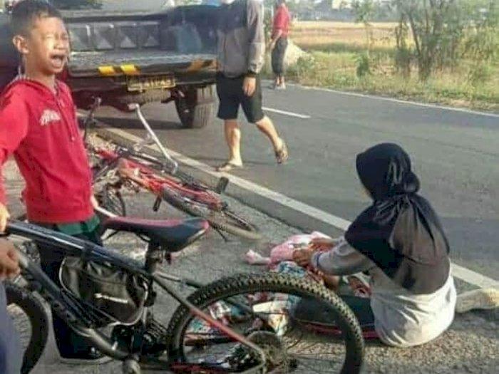 Adiknya Tewas Disambar Truk saat Sepedaan Bareng Keluarga, Tangis Bocah Ini Menyayat Hati