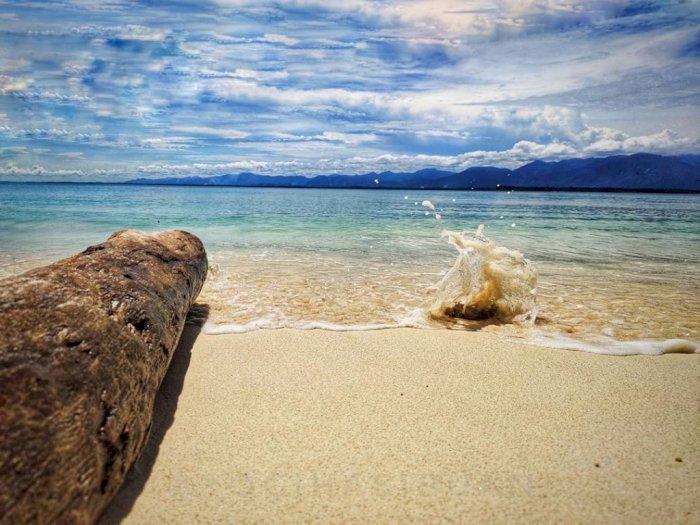 Pesona Pulau Karang di Tapanuli Tengah