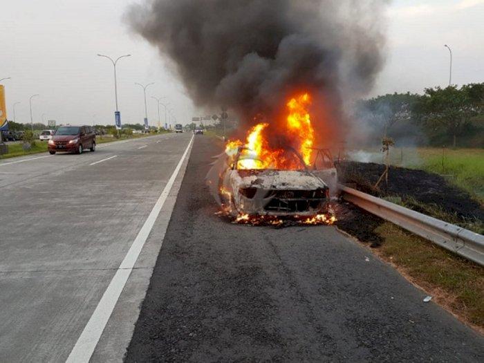 Jangan Anggap Sepele, Ini Tips Hindari Mobil dari Kebakaran