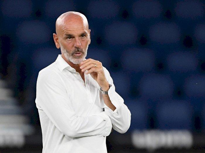 Hakan Calhanoglu Turut Senang AC Milan Tidak Melepas Stefano Pioli
