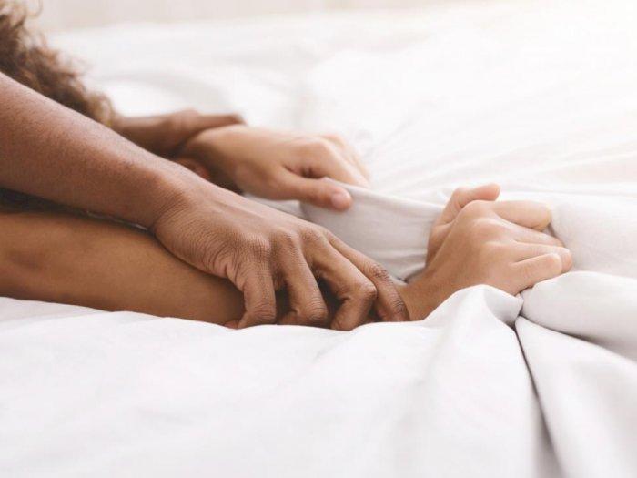 Ini 4 Alasan Kenapa Wanita Menangis Setelah  Berhubungan Seks