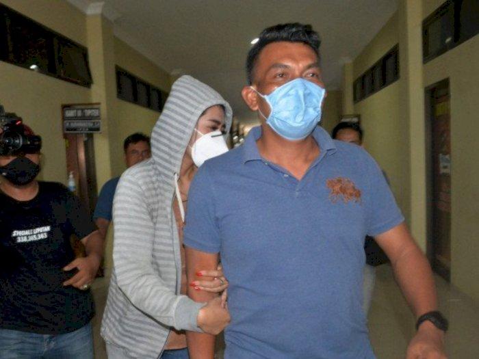 VS, Artis FTV Ditangkap Polisi Pasang Tarif Rp30 Juta