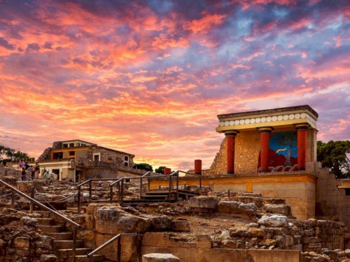 Reruntuhan Istana Knossos yang Jadi Pusat Budaya dari Mitos Yunani