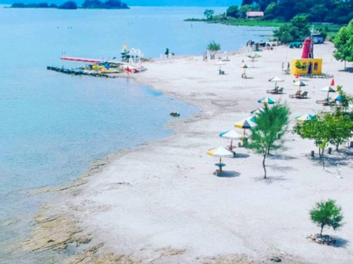 Pantai Pasir Putih Samosir Dibuka Kembali, Yuk Intip Keindahannya