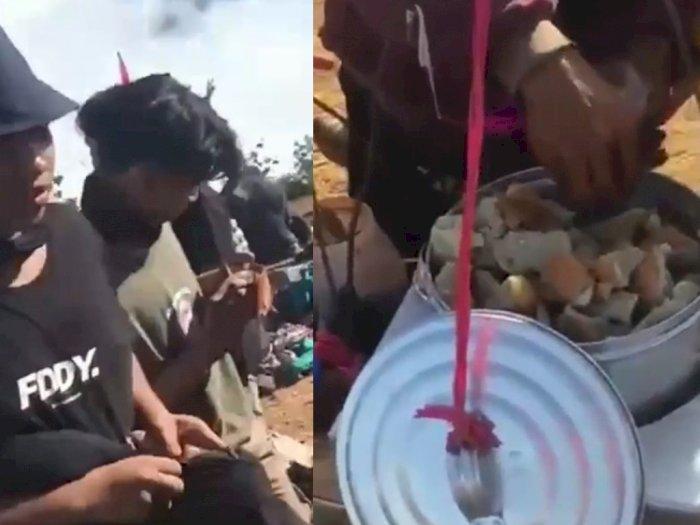Viral Pedagang Bakso Tusuk di Puncak Gunung di Garut, Maknyus Diserbu Pendaki