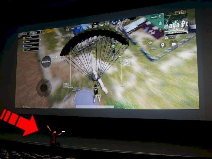 Lihat Aksi David GadgetIn Main Game PUBG Mobile Hingga Mobile Legends dengan Layar Bioskop
