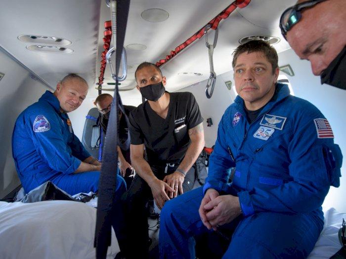 Crew Dragon Sukses Bawa Pulang 2 Astronaut NASA dari ISS ke Bumi!