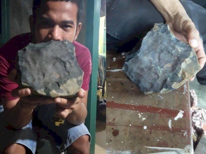Batu Hitam yang Jatuh dari Langit di Tapanuli Tengah Langsung Ditawar Rp200 Juta