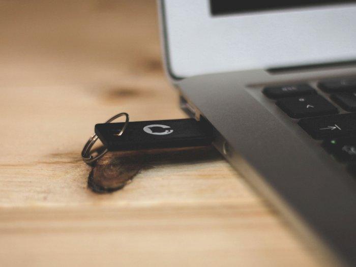 Apakah Wajib Lakukan Eject Sebelum Cabut FlashDisk dari Komputer/Laptop?