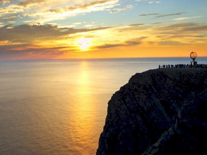 Fenomena Matahari Tengah Malam di Norwegia yang Terjadi Selama Beberapa Minggu